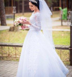 Свадебное платье, чехол, подъюбник (2кольца), фата