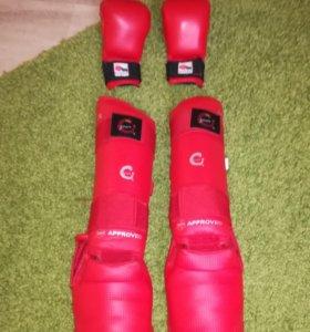 ТОРГ.  Футы и перчатки для карате