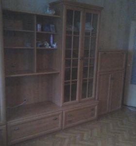 Стенка мебельная в отличном состоянии