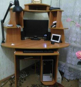 Продам компьютер в полном комплекте + стол