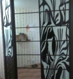 Шкаф-купе Черно-Белый с Пестрым рисунком