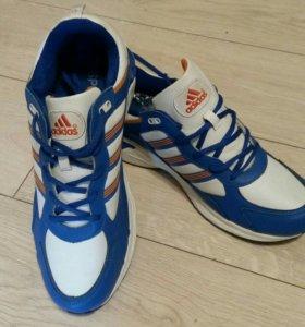 Новые мужские кроссовки 46 размер