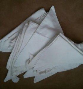 Треугольные подгузники и многоразовый памперс