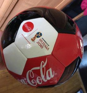 Продам мяч coca-cola fifa 2018