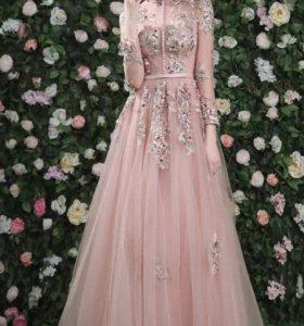 свадебное платье пудровое