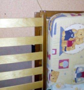 Детская кроватка маятник с ортопедическим матрасом