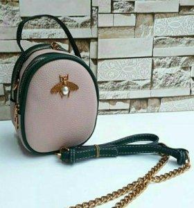 Продается совершенно новая сумка Gucci