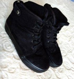 Зимние(холодная осень) ботиночки