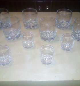 Набор: стаканы и рюмки