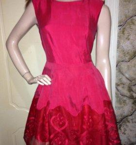 Новое шелковое платье с кружевом Турция