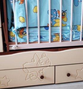 Кроватка детская с качелью