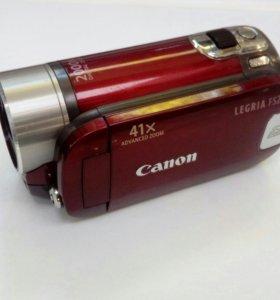 Видеокамера Canon FS200