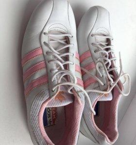 Женские кроссовки Adidas оригинальные кожа нат
