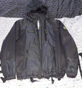 Куртка на подростка. 11-13 лет.