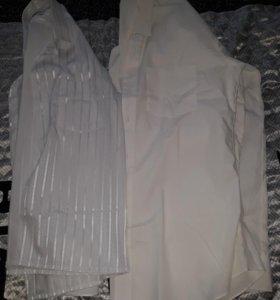 Белые новые рубашки на подростка.