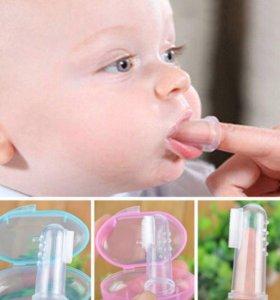 Щеточка для зубов для малышей новая