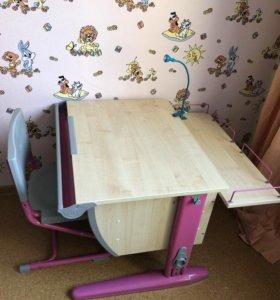 Стол, парта письменный для ребёнка