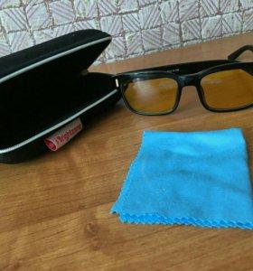 Продам очки для вождения