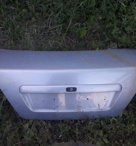 Крышка багажника вольва s40 до 2004 года