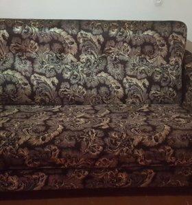Двухместный диван