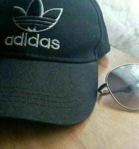 Кепка адидас и очки