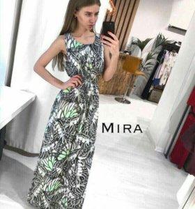 Новое платье 42-46 размер