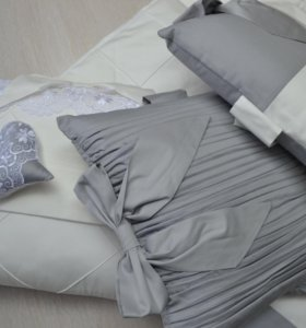 Шикарный Комплект в детскую кроватку