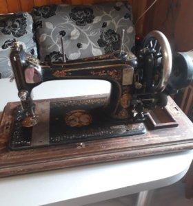 Швейная машинка юбилейная Германия