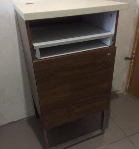 Компьютерный стол для торгового зала