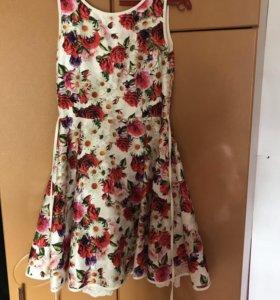 Продаю шикарное подростковое платье 😻