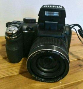 FIJiFILM FinePix S4000 14 м,п,