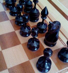Шахматы резные.Отличный подарок
