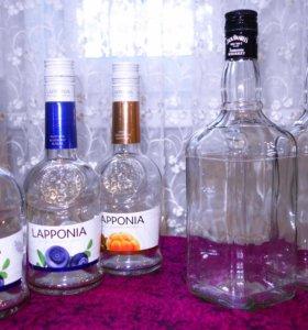 Декоративные бутылки и банки из прозрачного стекла