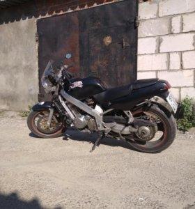Honda bros 400