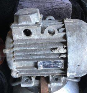 Двигатель электрический 4кв