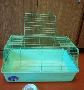 Клетка для грызунов с подарком