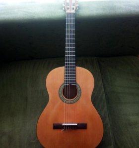 Гитара акустическая (классическая)