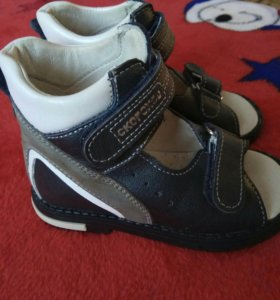 Ортопедические сандалики. Осенние ботиночки.