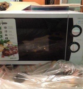 DEXR Микроволновая печь Новая