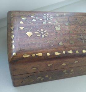 Шкатулка деревянная, для украшений