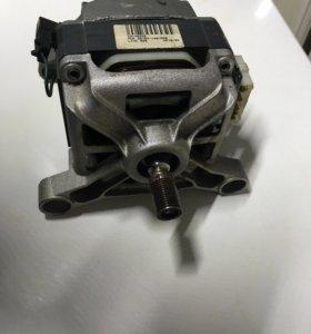 Двигатель от стиральной машины Indesit