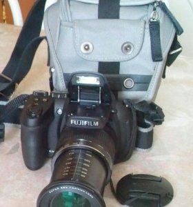 Фотоаппарат FUJIFILM Finepix HS25EXR .