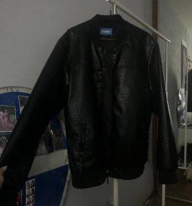 Мужская кожаная куртка новая!