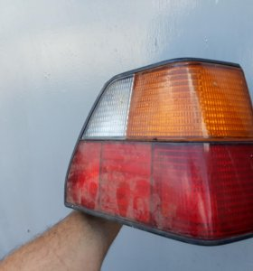 Задний фонарь на Golf 2