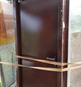 Металлическая противопожарная дверь