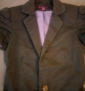 Пиджак женский 42 размер