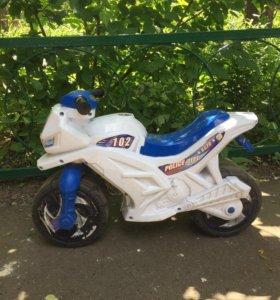 Мотоцикл-беговел