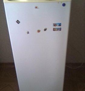 Холодильник продаю по ненадобности