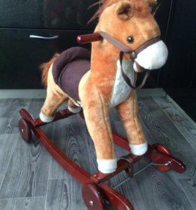 Лошадка качалка - каталка