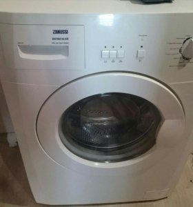Машинка стиральная zanussi